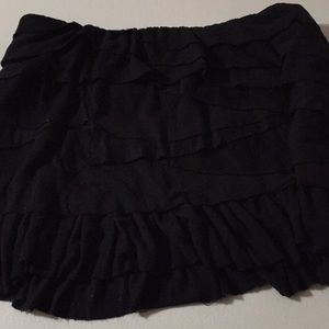 Layered ruffled little black tattered skirt